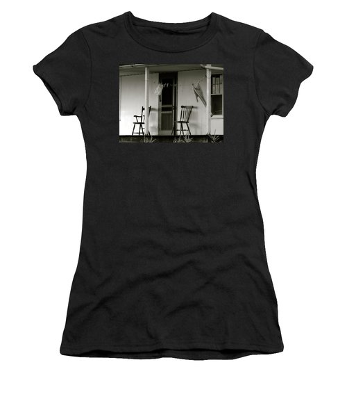 Hanging Out On The Porch Women's T-Shirt