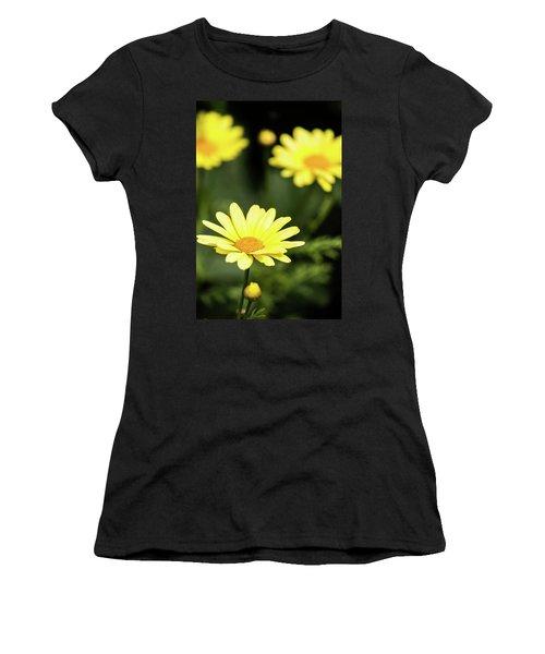 Happy Summer Flowers Women's T-Shirt
