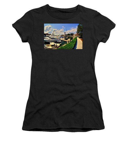 Harbour Town Marina Sea Pines Resort Hilton Head Sc Women's T-Shirt