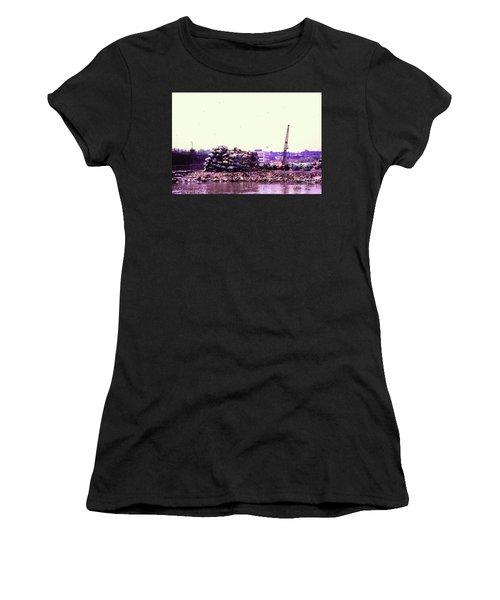 Harlem River Junkyard Women's T-Shirt