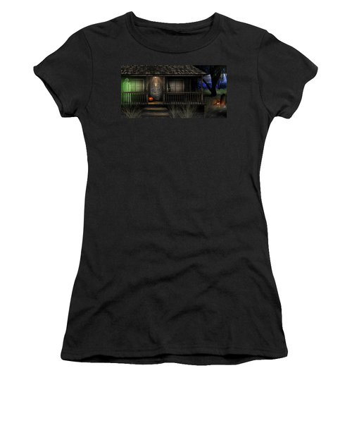 Haunted Halloween 2016 Women's T-Shirt (Athletic Fit)