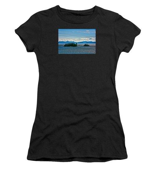 Hazy Alaskan Morning Women's T-Shirt (Athletic Fit)