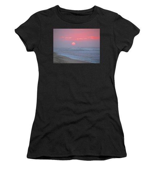 Hazy Sunrise I I Women's T-Shirt