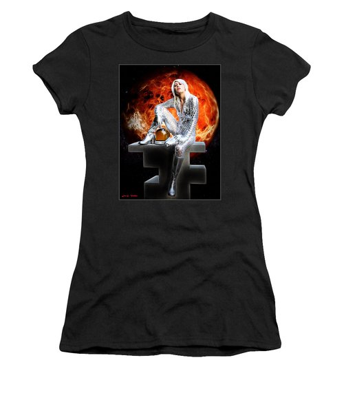 Heroine Of The Red Planet Women's T-Shirt