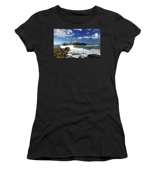 High Surf At Nubble Light Women's T-Shirt (Athletic Fit)