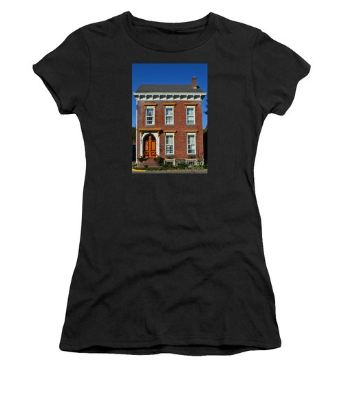 Historic Madison Row House Women's T-Shirt (Athletic Fit)