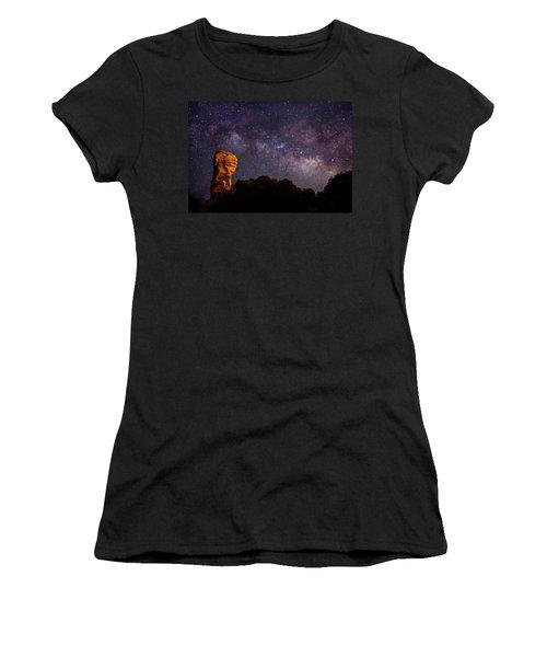 Hitchcock Pinnacle Nightscape -- Milky Way Women's T-Shirt