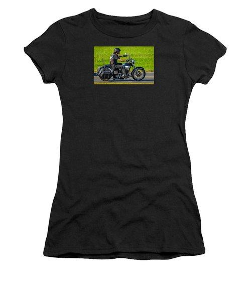 hog Women's T-Shirt (Athletic Fit)