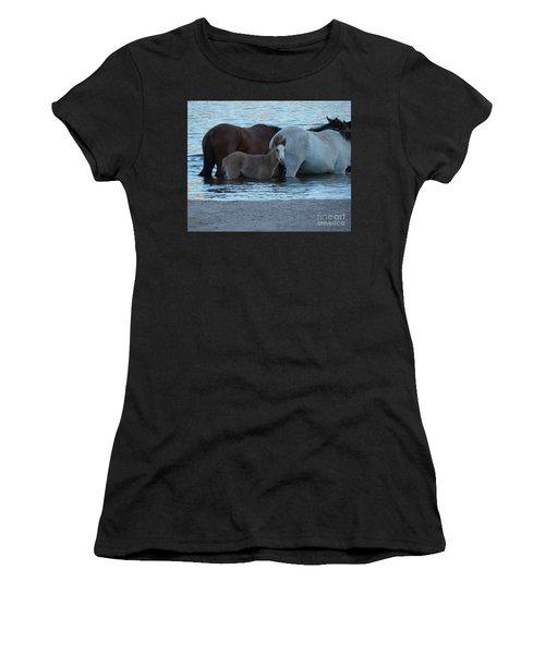 Horse 9 Women's T-Shirt