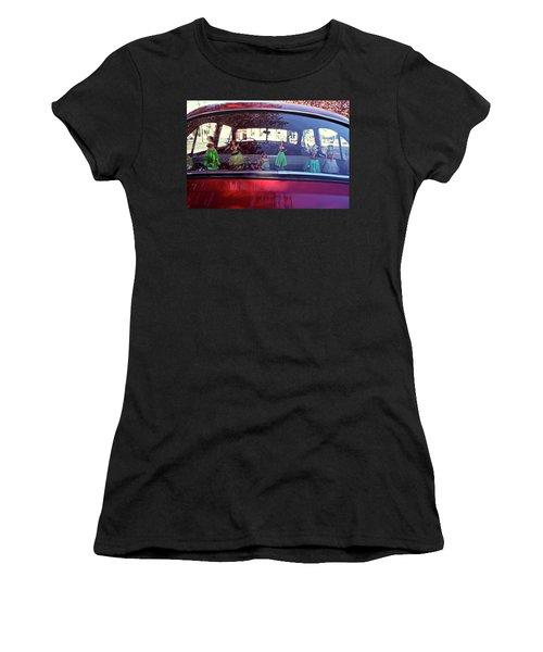 Hula Women's T-Shirt