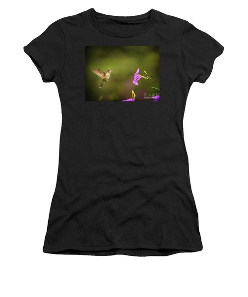 Hummingbird Pink Flower Women's T-Shirt (Athletic Fit)