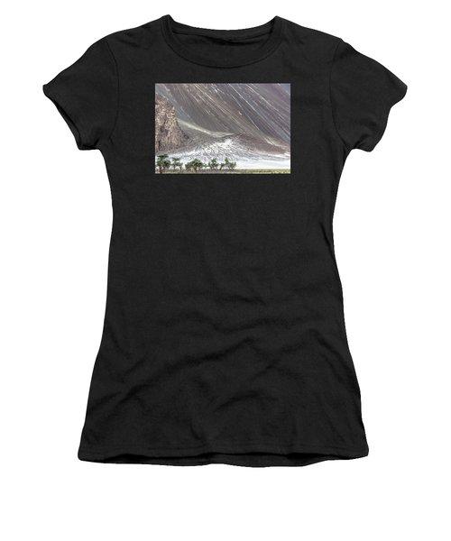 Hunder Desert, Hunder, 2005 Women's T-Shirt