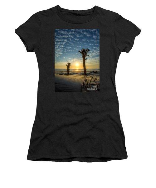 Hunting Island State Park Beach Sunrise Women's T-Shirt