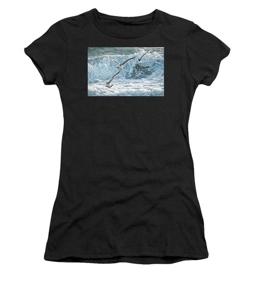 Hunting The Waves Women's T-Shirt (Athletic Fit)