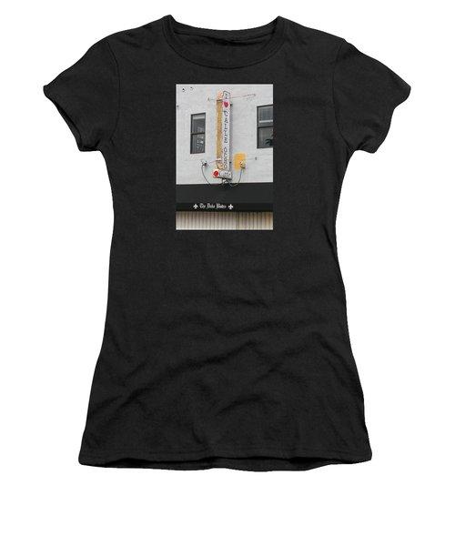 I Heart Calle Ocho Women's T-Shirt (Athletic Fit)