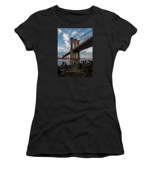 Iconic Women's T-Shirt (Athletic Fit)