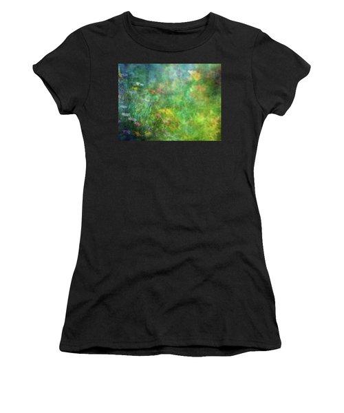 In The Garden 2296 Idp_2 Women's T-Shirt