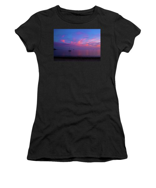 In The Gloaming Women's T-Shirt (Athletic Fit)
