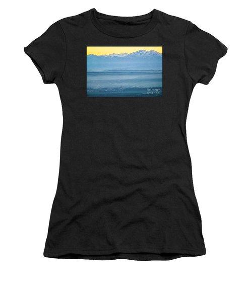 In The Mist 4 Women's T-Shirt