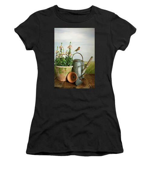 In The Vintage Garden Women's T-Shirt (Athletic Fit)