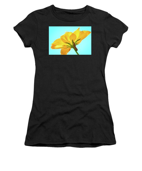 Women's T-Shirt featuring the photograph Inching Closer To The Prize by Brian Hale