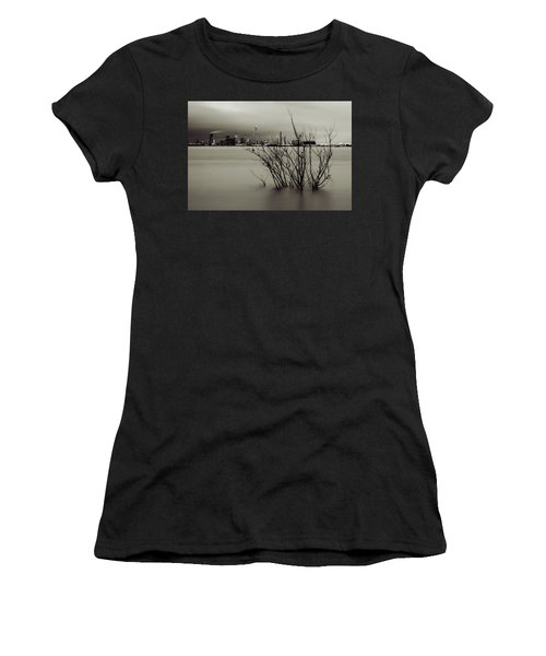 Industry On The Mississippi River, In Monochrome Women's T-Shirt