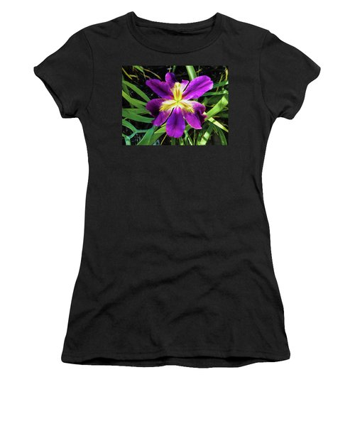 Island Iris 2 Women's T-Shirt (Athletic Fit)
