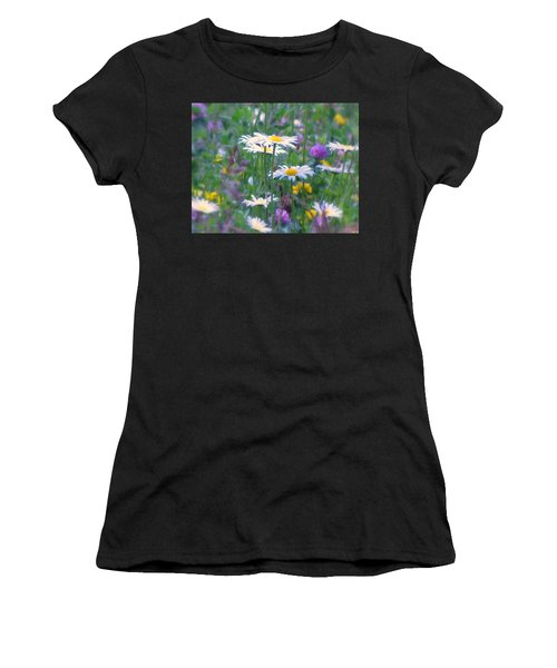 It's A Daisy Kind Of Day Women's T-Shirt (Athletic Fit)