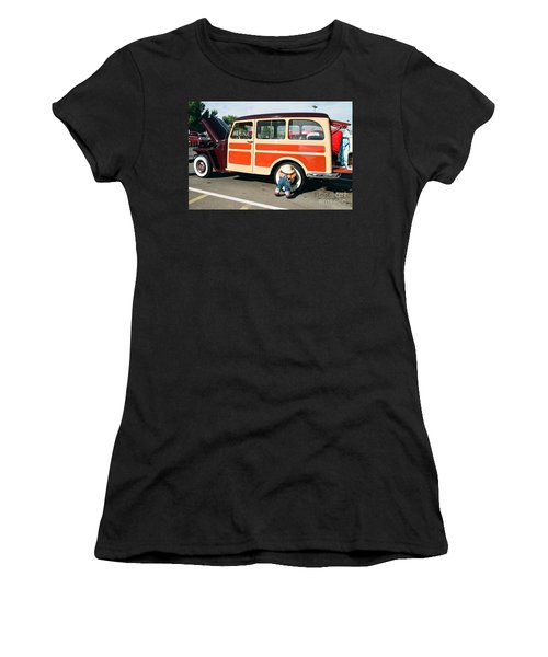 Jeepster Women's T-Shirt (Junior Cut) by Vinnie Oakes