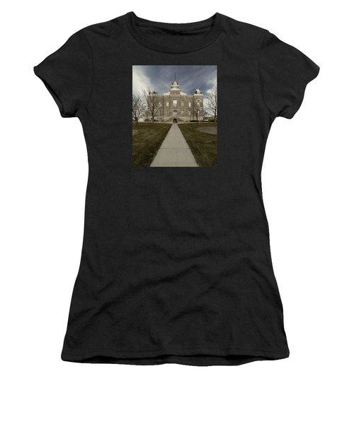 Jefferson County Courthouse In Fairbury Nebraska Rural Women's T-Shirt