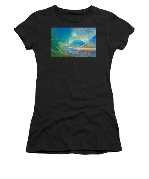 Kaanapali Wave Women's T-Shirt (Athletic Fit)