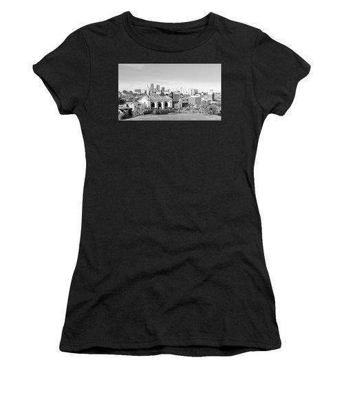 Kansas City Skyline In Black And White Women's T-Shirt