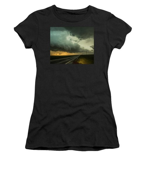 Kansas Storm Chase Bust Day 004 Women's T-Shirt