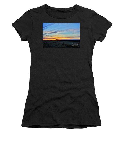 Kansas Sunrise1 Women's T-Shirt (Athletic Fit)