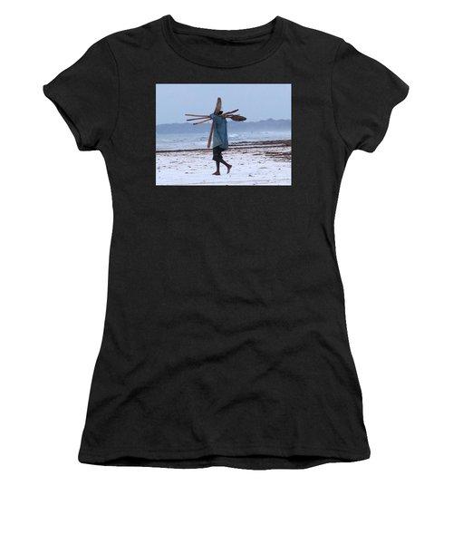 Kenyan Fisherman And Oars Women's T-Shirt