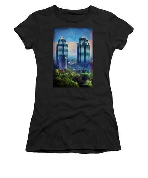 King And Queen Buildings Women's T-Shirt