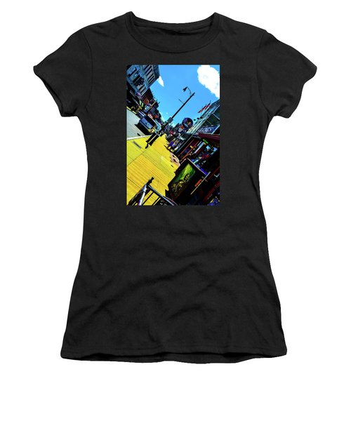 King Of Beale Women's T-Shirt (Athletic Fit)