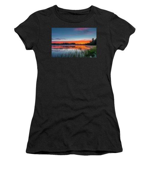 Kingston Lake Sunset Women's T-Shirt