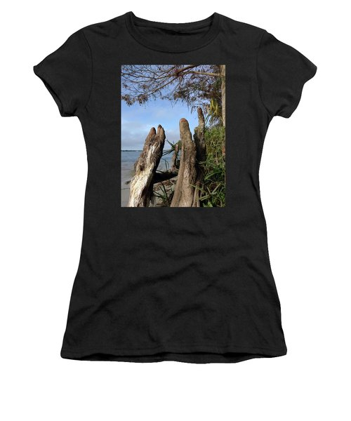 Knees Women's T-Shirt