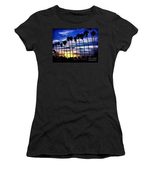 La Jolla Silhouette - Digital Painting Women's T-Shirt