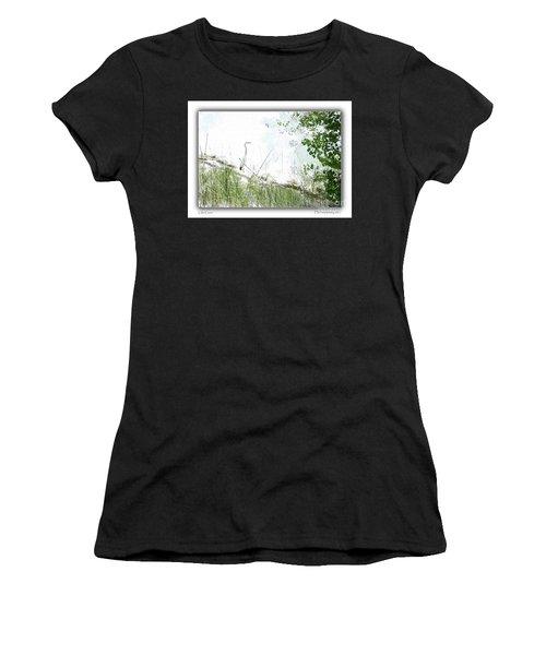 Lake Crane Women's T-Shirt (Athletic Fit)