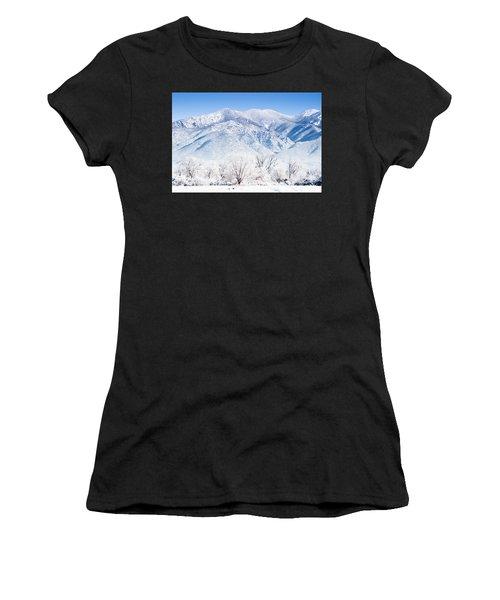 Landscape Taos Nm J10k Women's T-Shirt