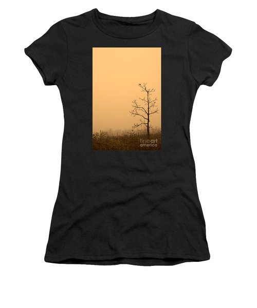 Last Leaves Women's T-Shirt (Athletic Fit)