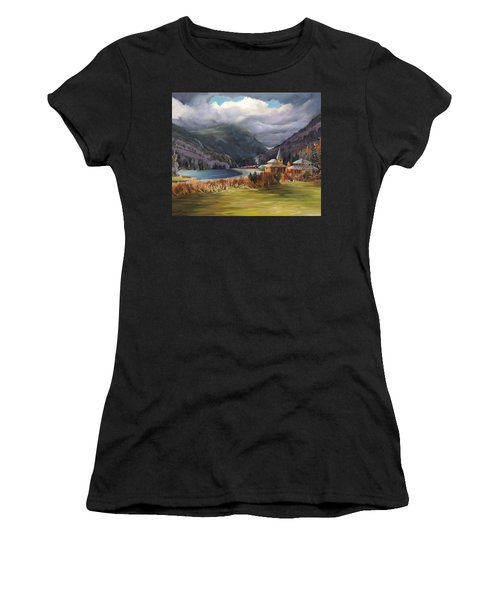 Last Train To Crawford Notch Depot Women's T-Shirt