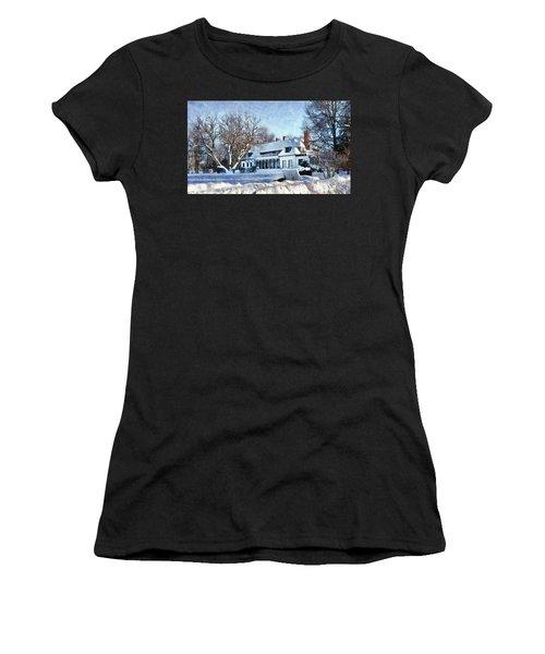 Leacock Museum In Winter Women's T-Shirt
