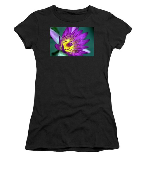 Lily On The Water Women's T-Shirt
