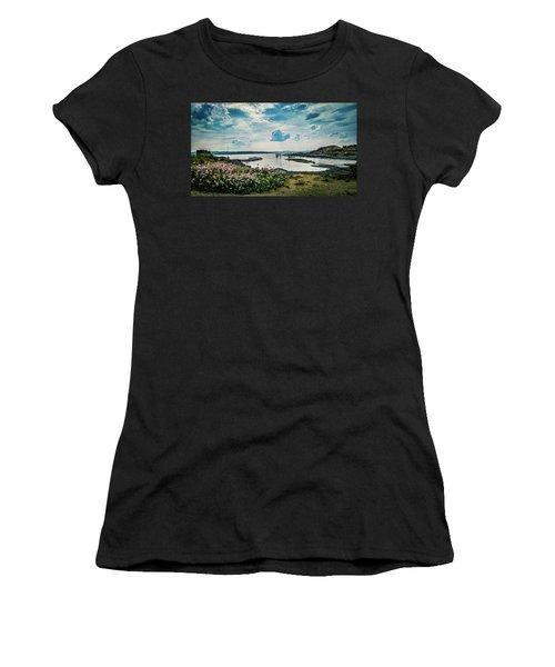 Lindoya Women's T-Shirt