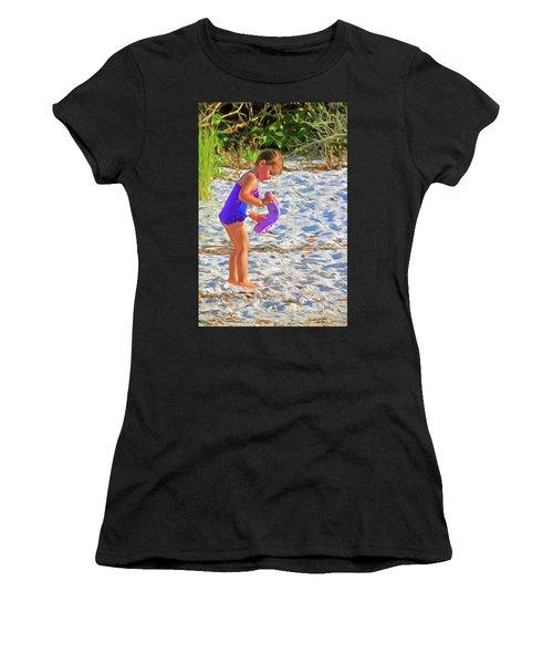Little Beach Girl With Flip Flops Women's T-Shirt