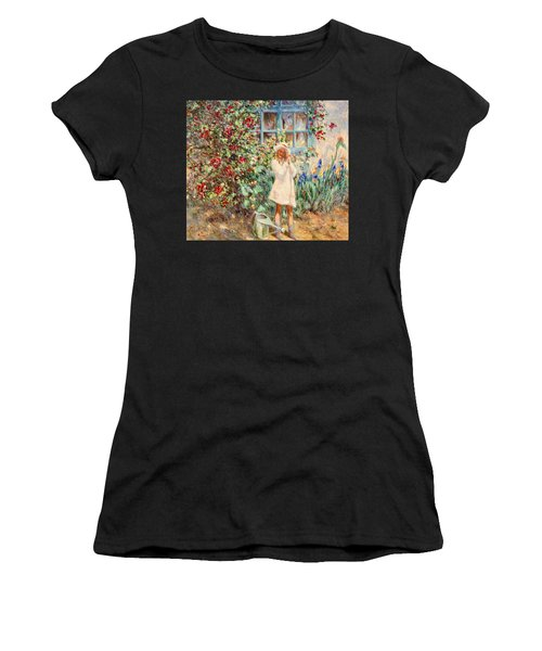 Little Girl With Roses  Women's T-Shirt