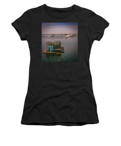 Lobstar Pot Float Women's T-Shirt